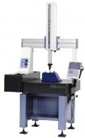 CRYSTA-PLUS M443 Manual Coordinate Measuring Machine